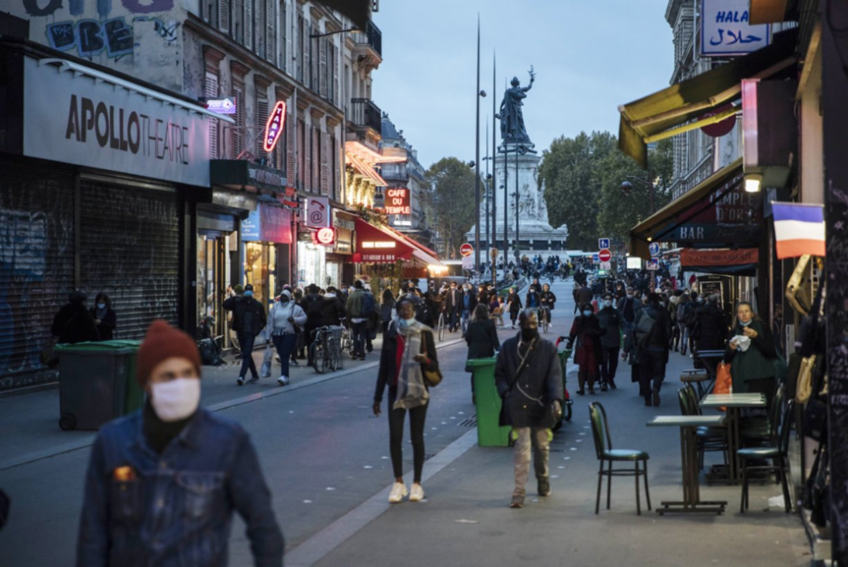 More than 20000 cases of curfews in France