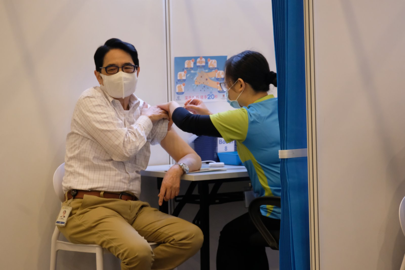 黃國健接種科興疫苗。(大公文匯全媒體記者 攝)