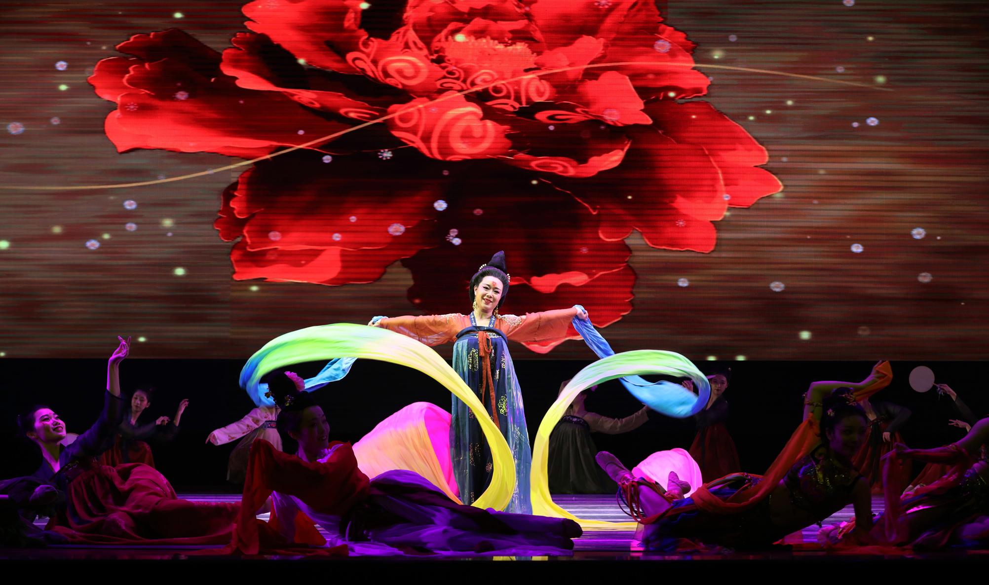 原創舞蹈「和舞」展現唐代舞蹈的藝術意韻和情感體驗。(受訪者供圖)