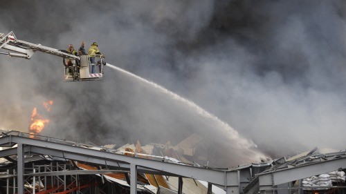 黎巴嫩貝魯特港口區倉庫發生火災