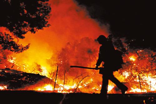 【能源科技與環境】美國西岸山火  災民如困戰場