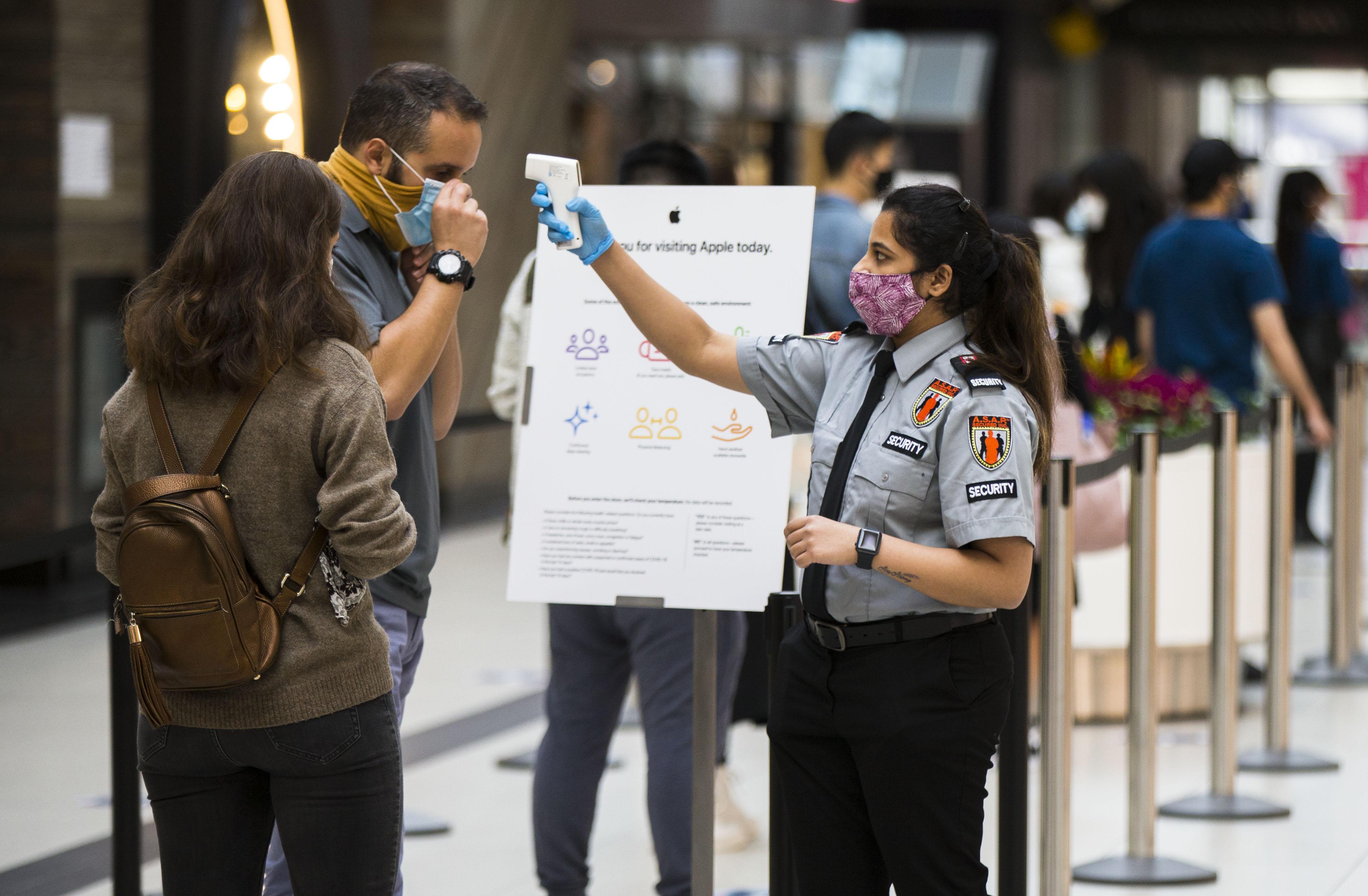 加拿大累計新冠確診病例上升至170945例,累計死亡病例9527例。( 新華社)