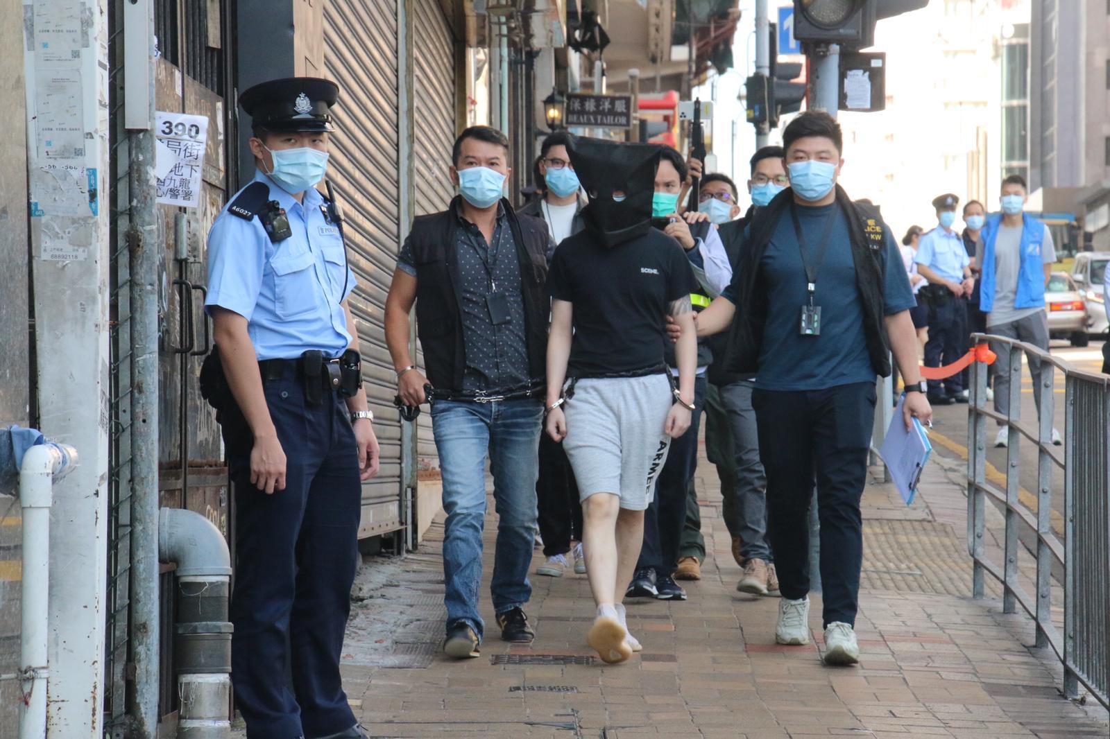 尖沙咀6日晚一間酒吧發生謀殺及傷人案,4名酒吧職員遇襲,致一死三傷。警方今日(11日)再拘捕兩名涉案男子。(大公文匯全媒體記者攝)