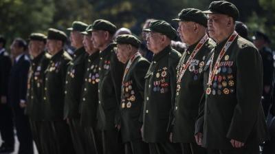 全國各地舉行烈士紀念日活動緬懷先烈