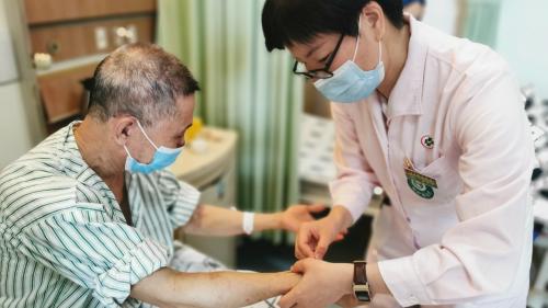 港澳中醫師獲支持到內地公立醫療機構執業