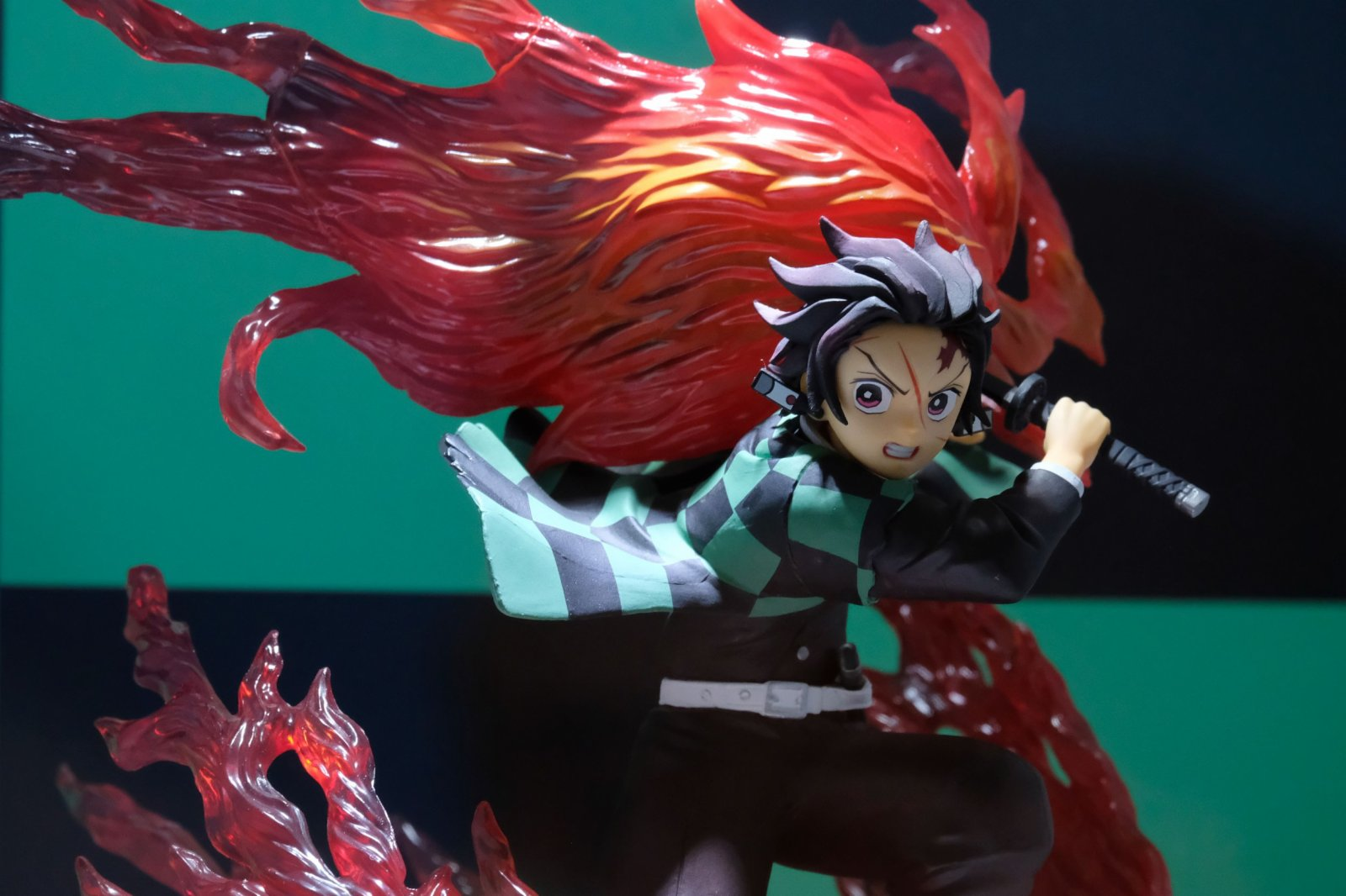 《鬼滅之刃》男主角炭治郎Figure。