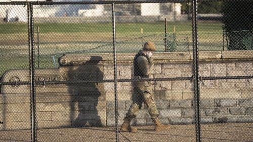 直擊被暴力衝擊後的美國國會大廈