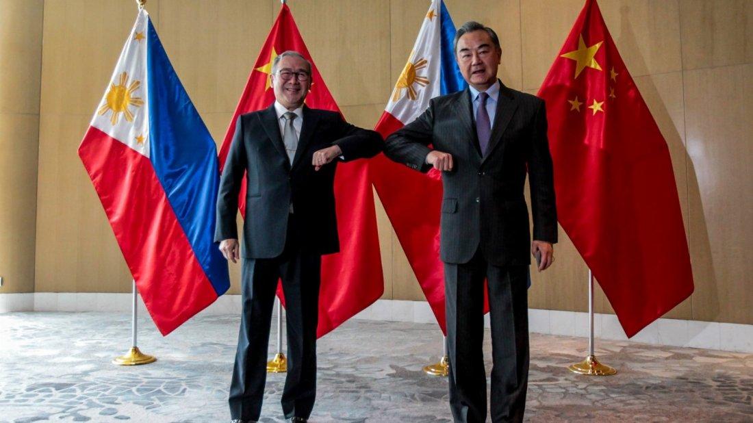 王毅:中菲人民友誼在攜手抗疫中得到升華