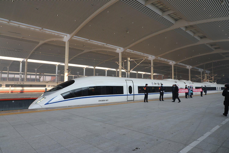 京哈高鐵運營里程1198公里,起自北京市,途經河北省、遼寧省、吉林省,30座車站。(香港文匯網記者 於海江 攝)