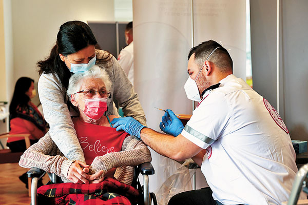 [fight against new coronal pneumonia] Israel's rapid vaccination is effective, and the infection rate of the elderly drops 60%