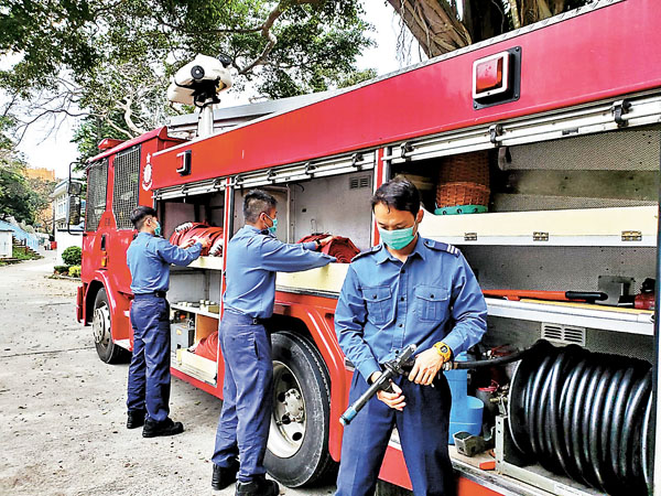 Fire brigade fight the epidemic like fighting a fire