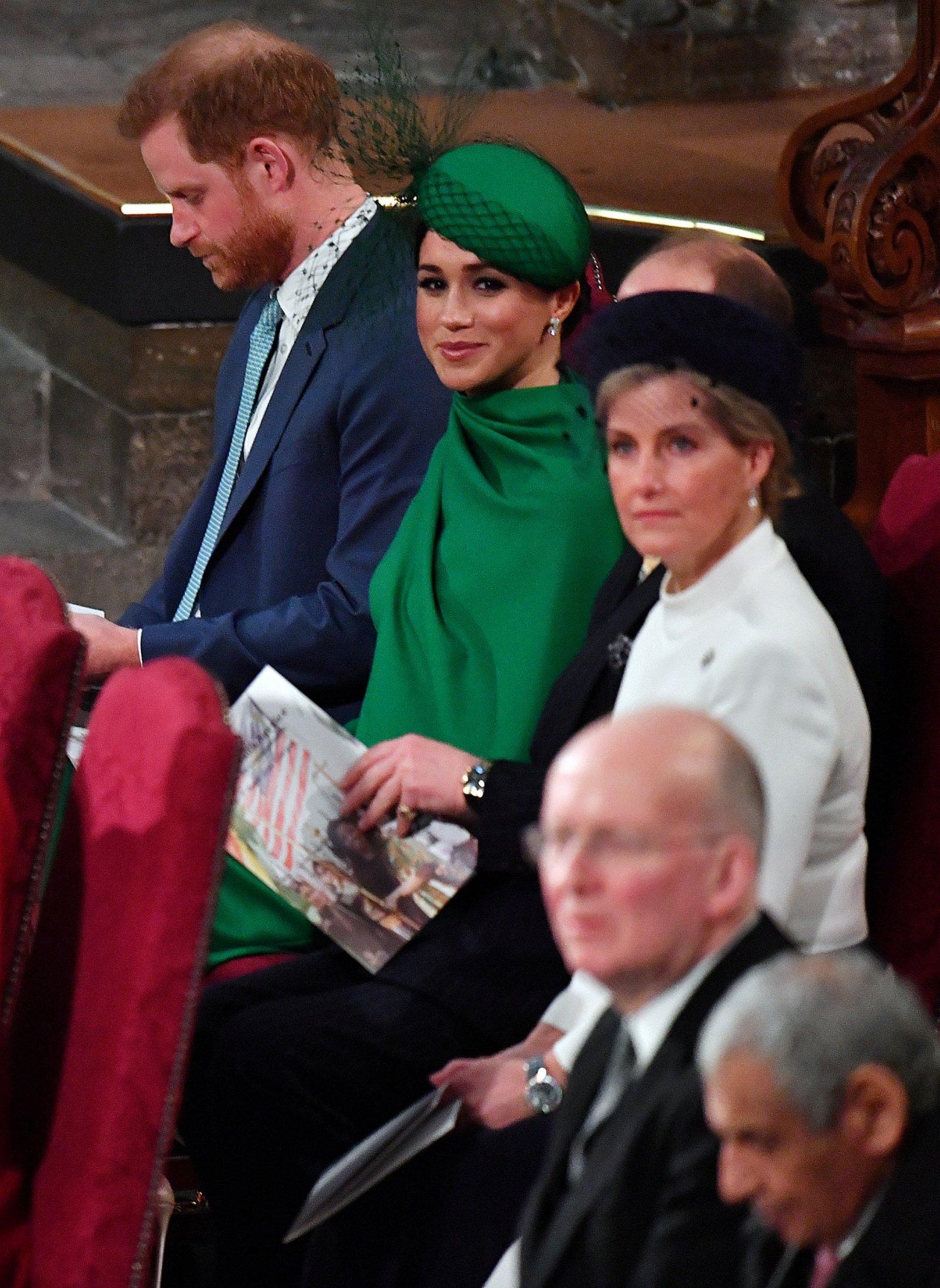 爆王室種族歧視 梅根:諗過自殺