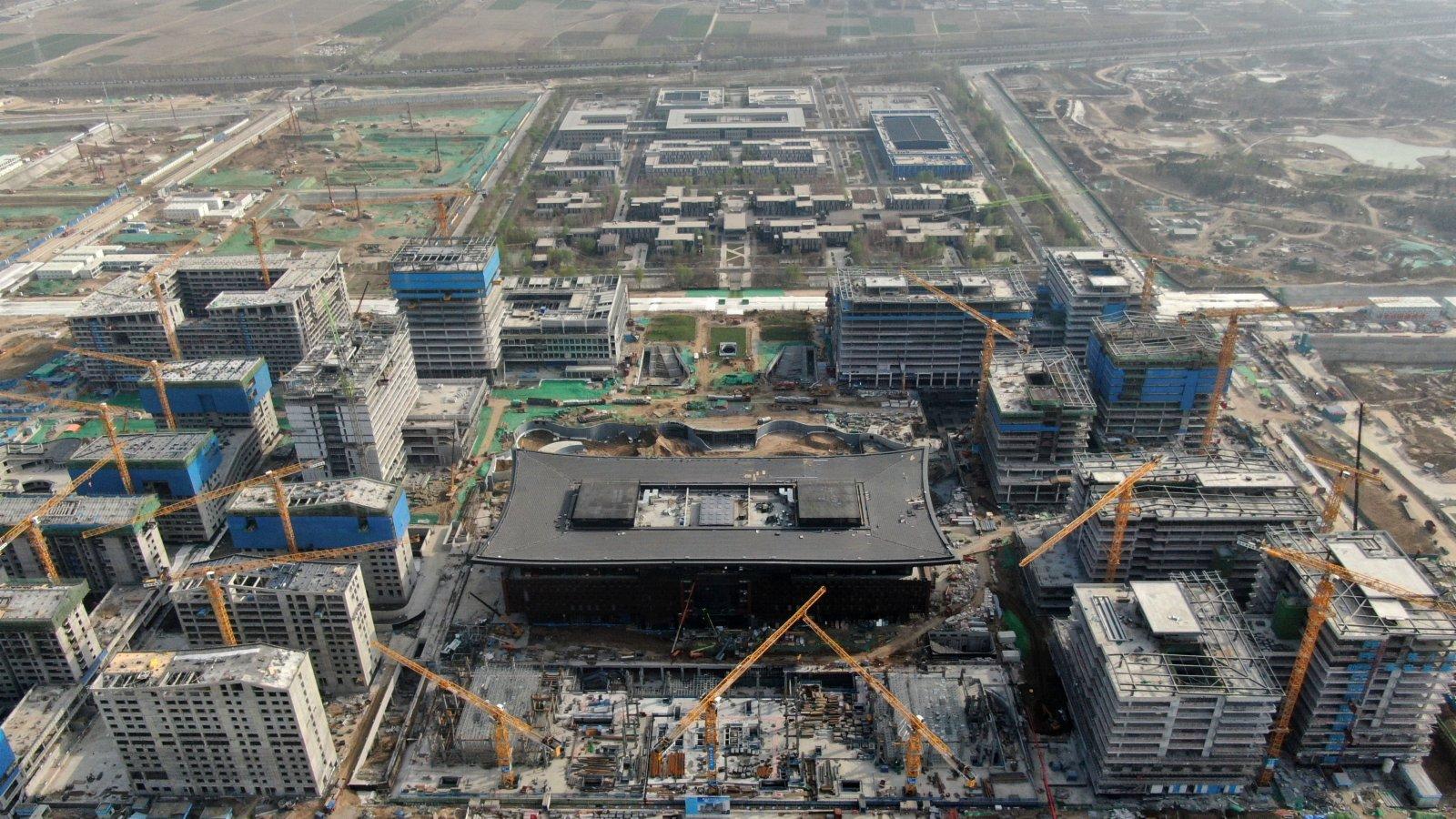 圖為3月31日,航拍雄安新區容東片區雄安商務服務中心項目建設現場。 中新社