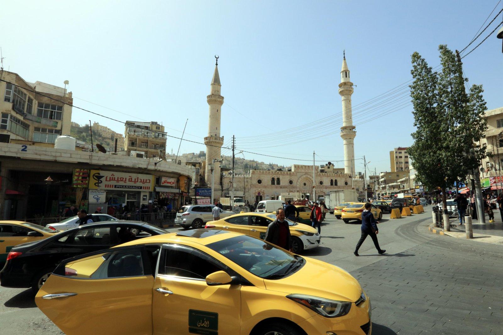這是4月5日拍攝的約旦安曼街景。(新華社)