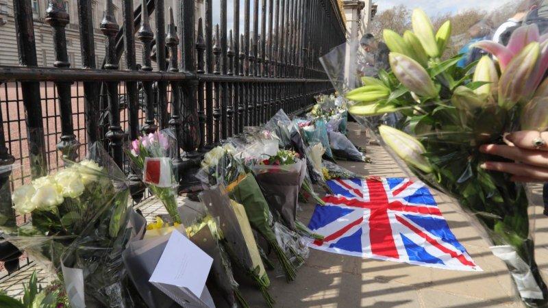 英國民眾悼念菲臘親王