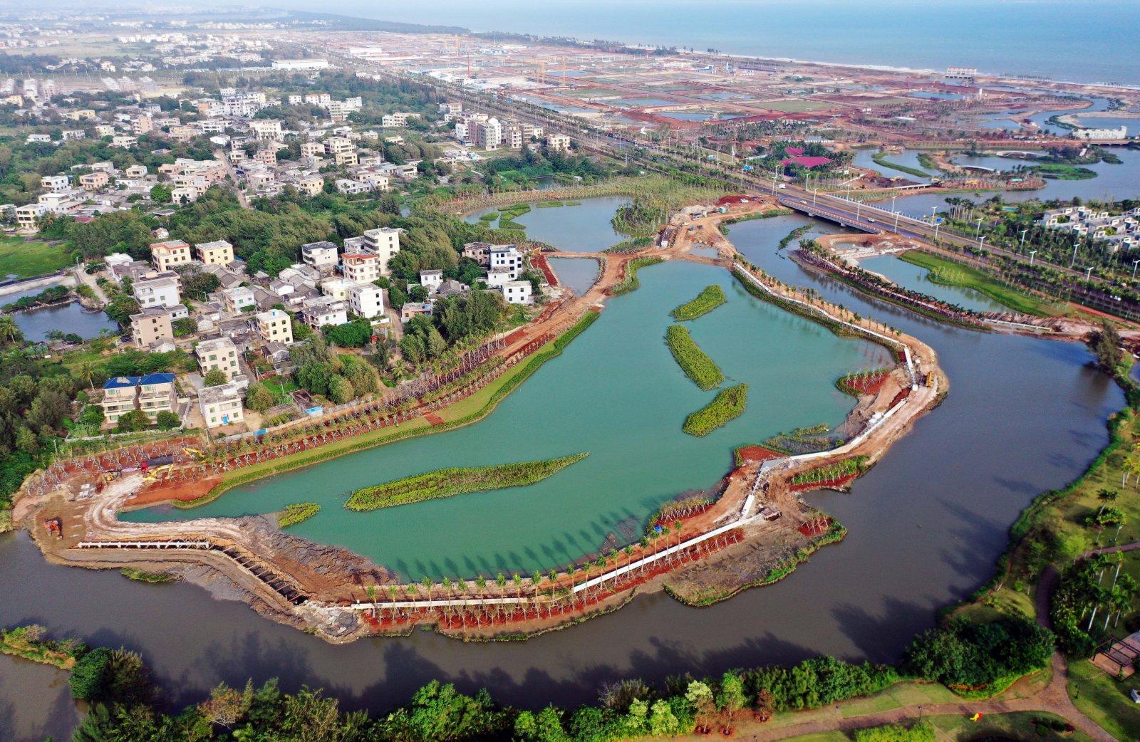 海口江東新區芙蓉河綜合治理工程(2020年11月6日攝,無人機照片)。新華社