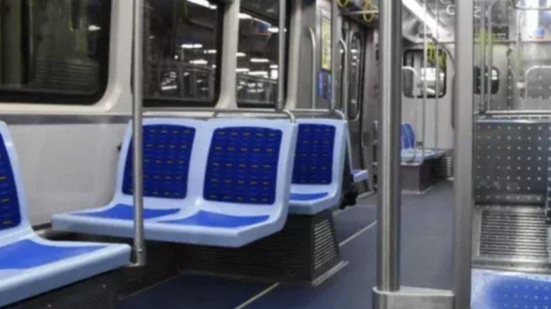 國產地鐵在美國芝加哥載客試運行