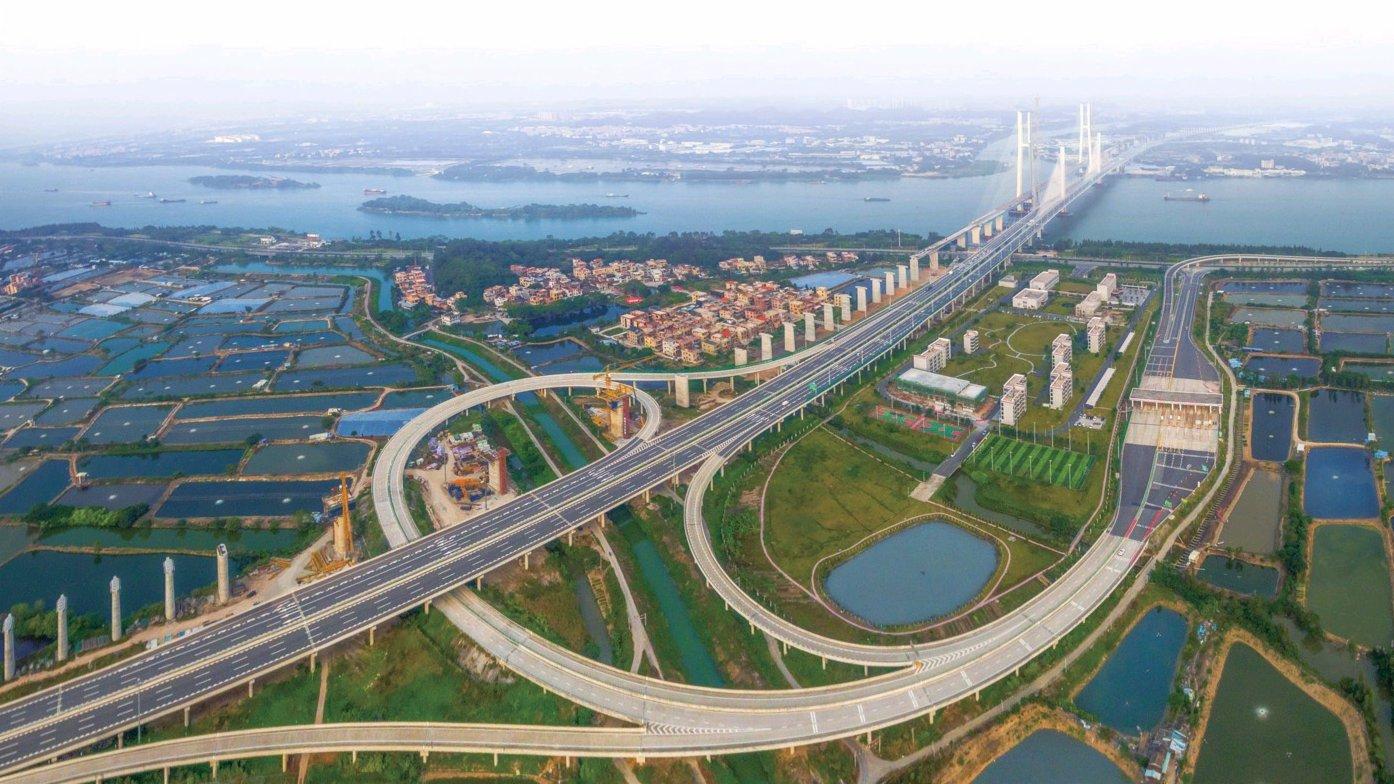 人民日報:推動大灣區建設取得新的更大進展
