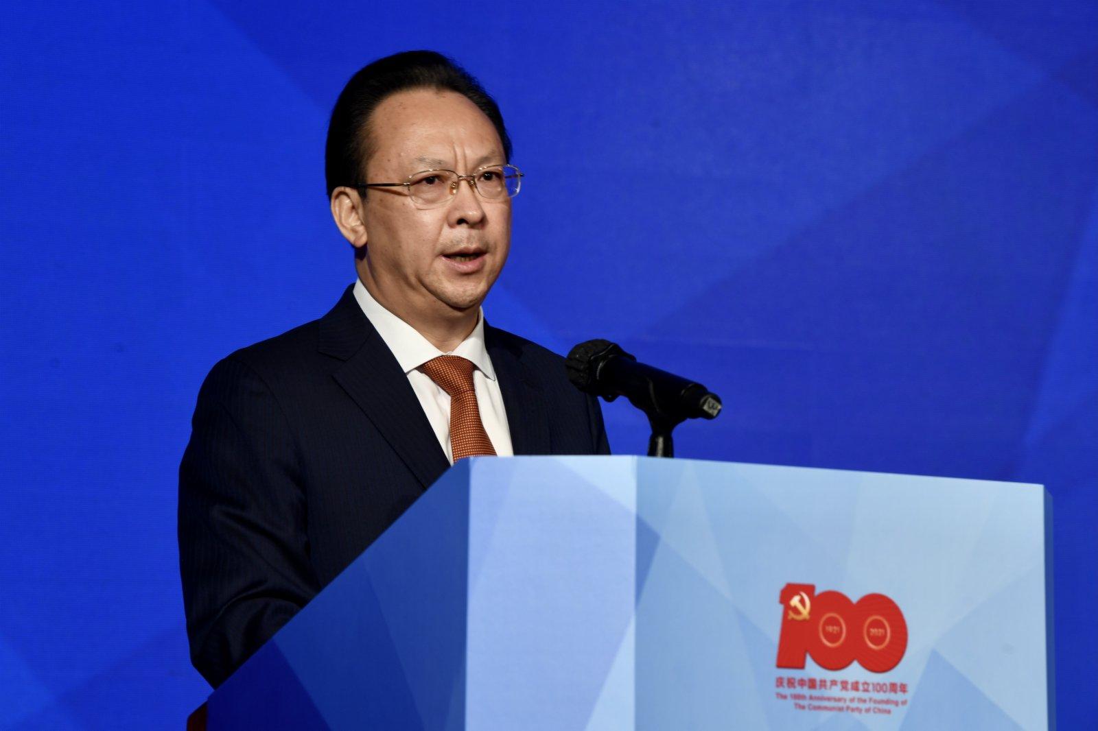 圖為香港中聯辦副主任譚鐵牛致辭。(中新社)