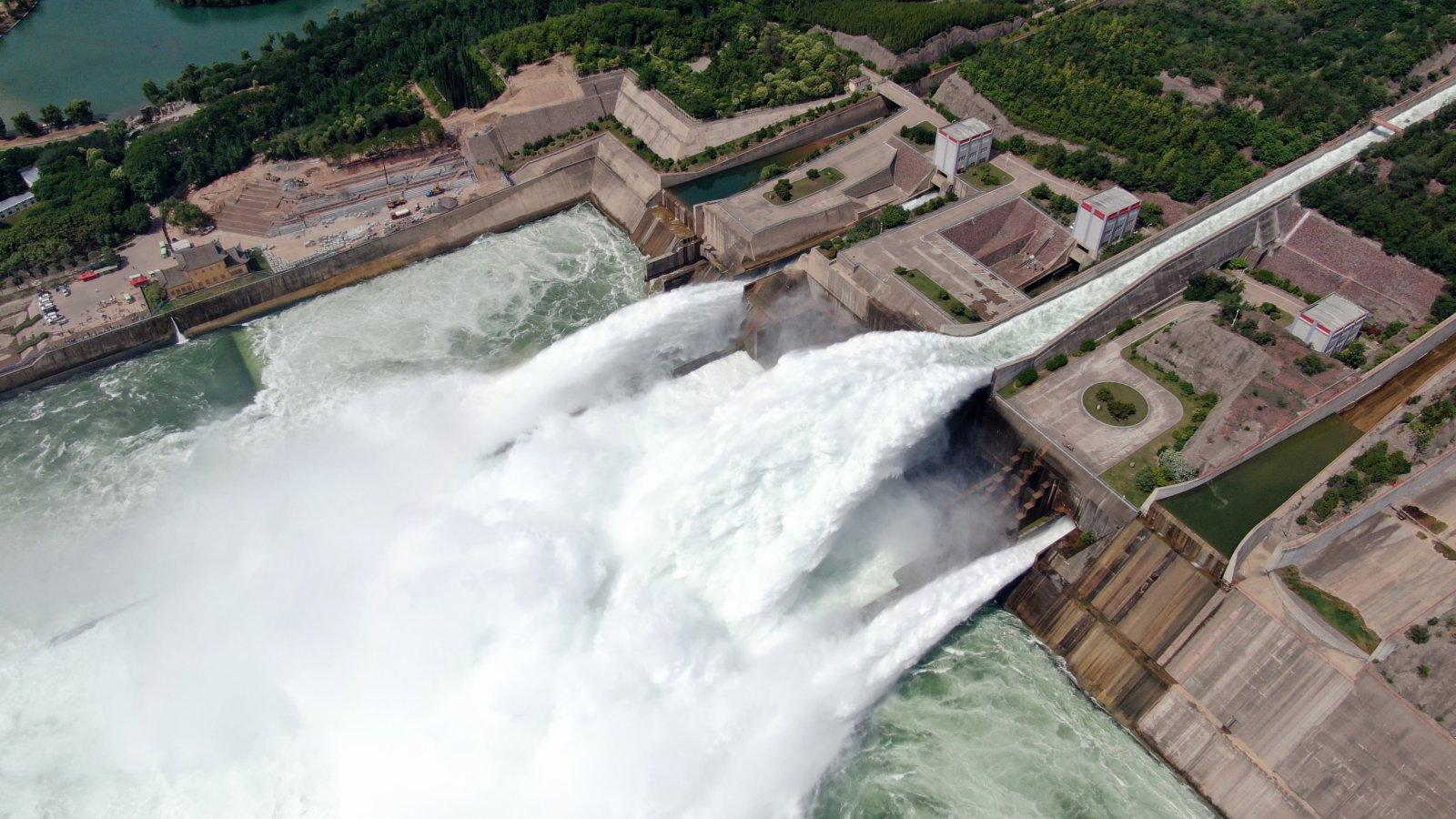 這是6月19日拍攝的黃河小浪底水利樞紐工程。(新華社)