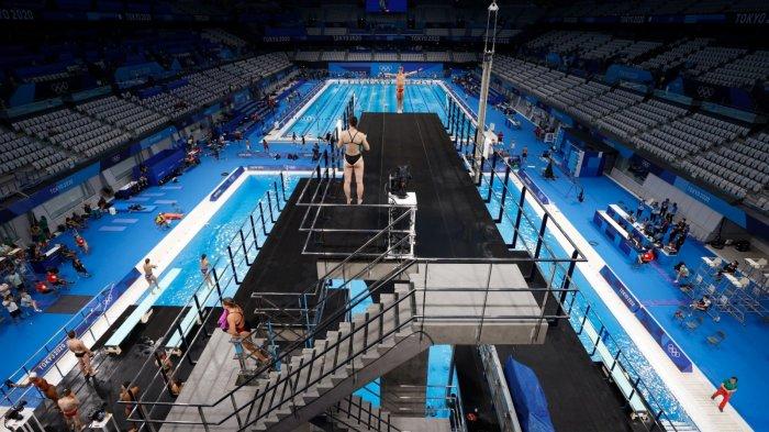 各國運動員在東京水上運動中心訓練