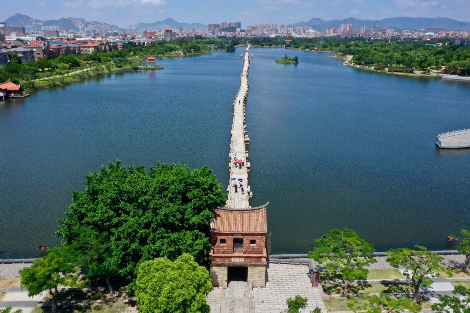 泉州晉江安海鎮的安平橋。