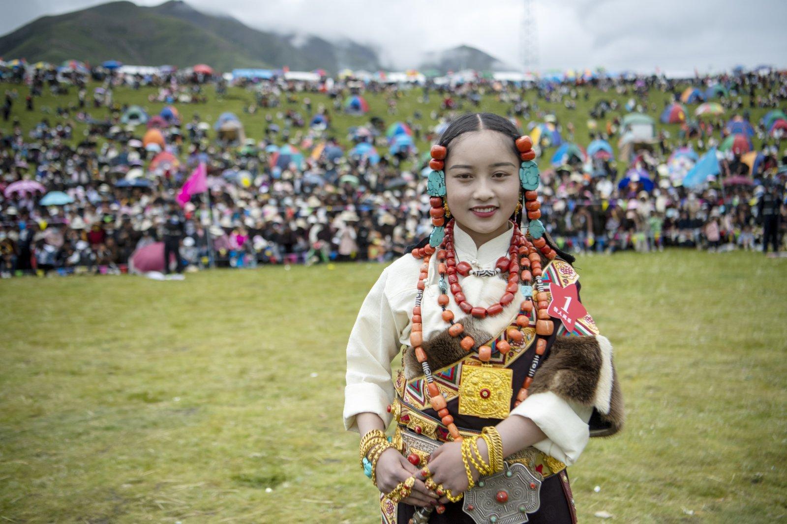 19歲藏族女孩索朗卓瑪獲女子組第一名。(中新社)