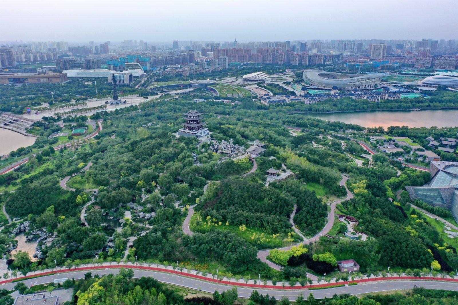 唐山南湖公園。 新華社