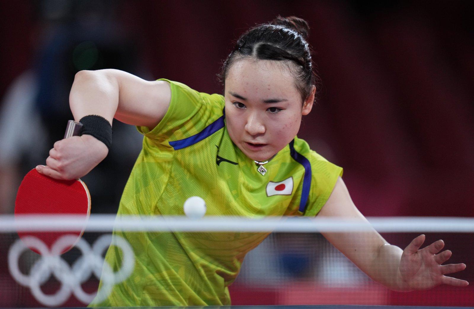 日本選手伊藤美誠在比賽中。(新華社)