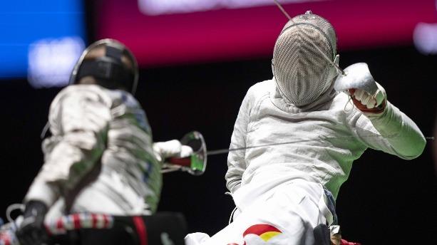 李豪奪得中國代表團東京殘奧會首金!