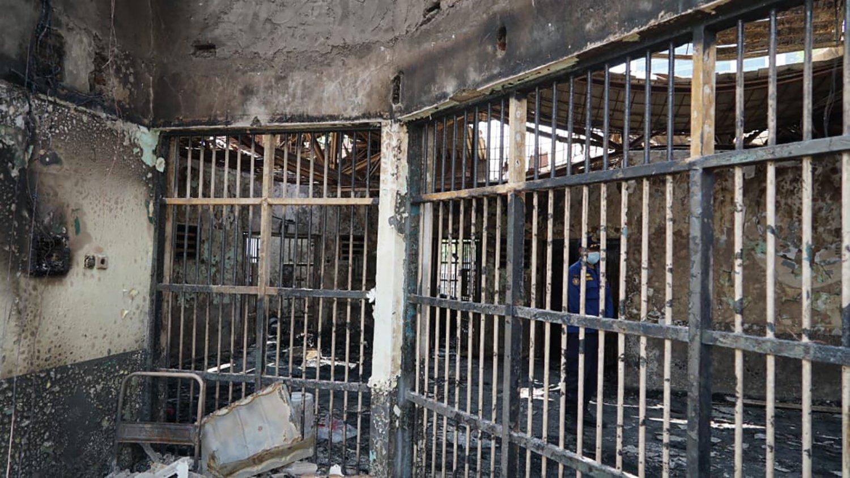 這是9月8日在印度尼西亞唐格朗一座監獄拍攝的火災現場。(新華社)