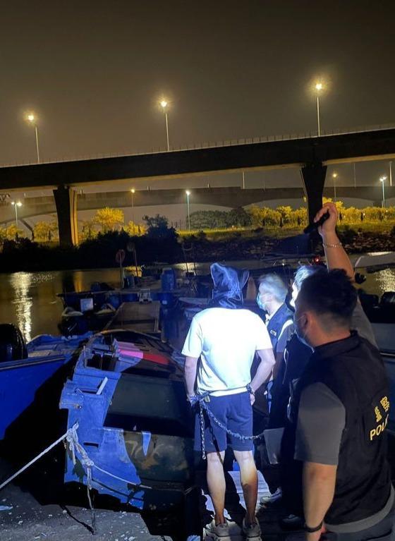 警方連日打擊海上走私活動 拘捕85人