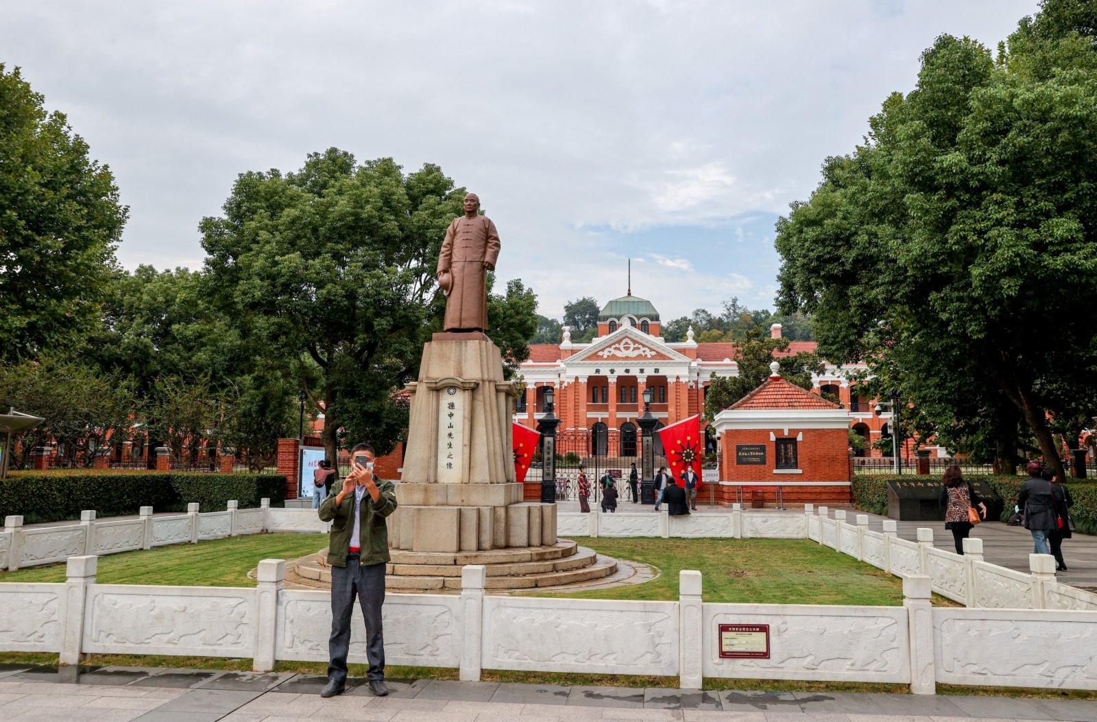 10月9日,湖北武漢,遊客參觀辛亥革命武昌起義紀念館。 中新社